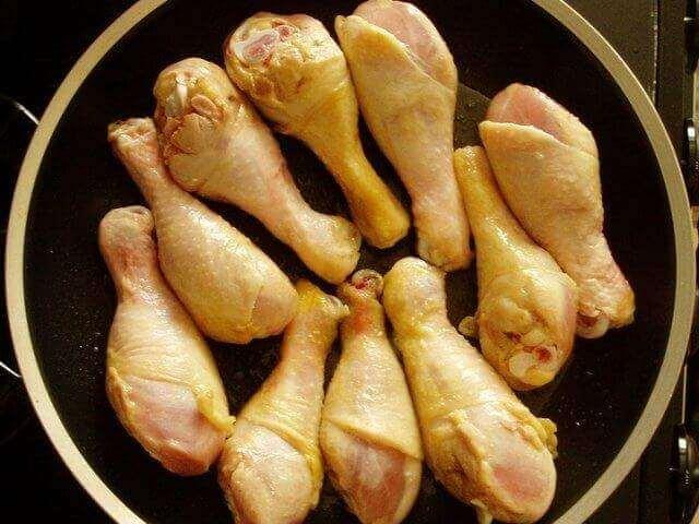 Готовим куриные голени к приготовлению в мультиварке